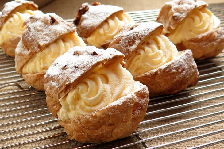 cream-puffs-delicious-france-confectionery-food-52539