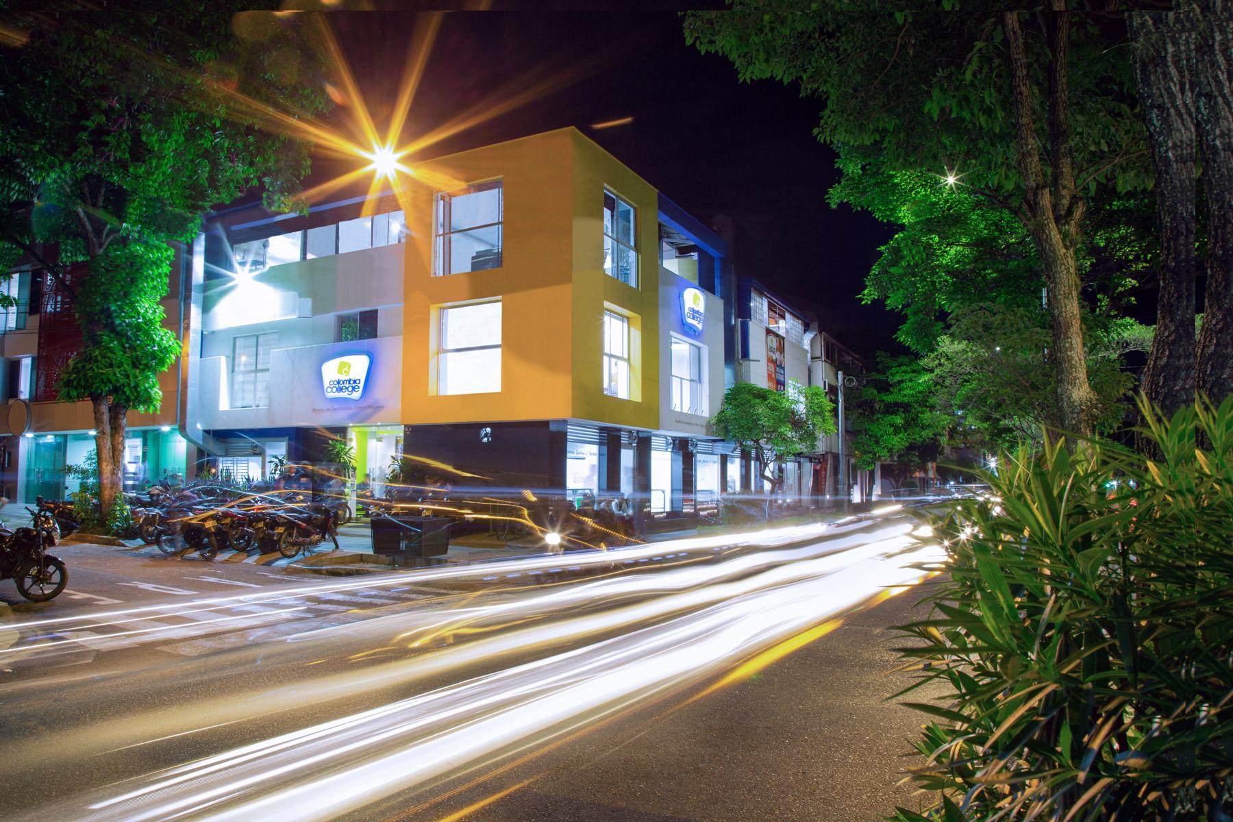 Fachada Colombia college